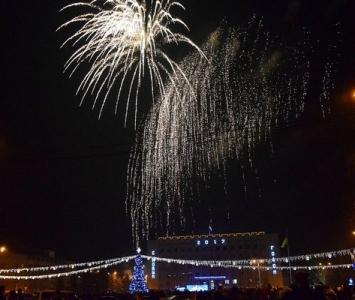 Народные гулянья в новогоднюю ночь в Измаиле - 01