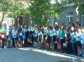 Перший дзвоник для учнів Березівського району - 1