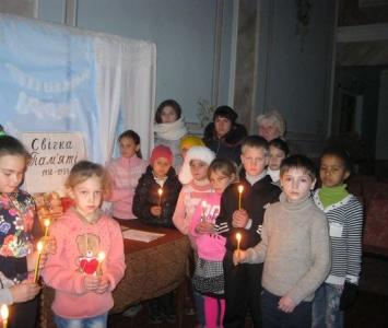 Вшанування жертв голодоморів в Україні - Миколаївський район - 04
