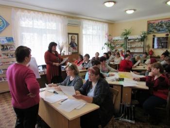 семінар - підвищення кваліфікації - бібліотека - Татарбунари - 03