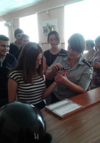 Великомихайлівське відділення поліції - учні - школа - зустріч - 07