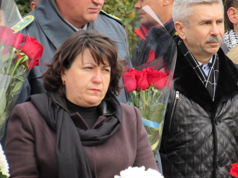 меморіальний камінь на честь героїв АТО - А.Сирбу-1