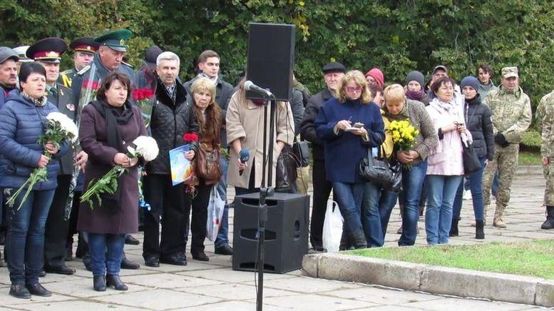 меморіальний камінь на честь героїв АТО - А.Сирбу-2