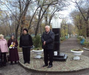 Мітинг біля пам'ятника Т.Г.Шевченка - Арциз - 1