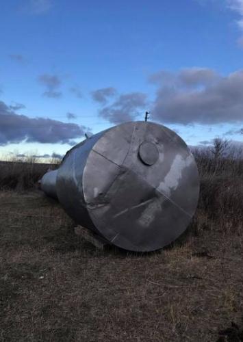 Побита водонапірна башта - Захарівський район - 04