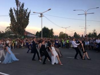 праздничный парад «Выпускник-2018» - Измаил - 9
