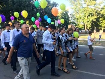 праздничный парад «Выпускник-2018» - Измаил - 4