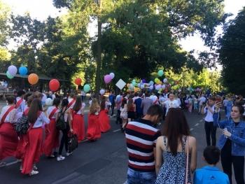 праздничный парад «Выпускник-2018» - Измаил - 7