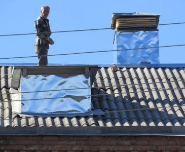 Кодима - ремонт даху кінотеатру Мир