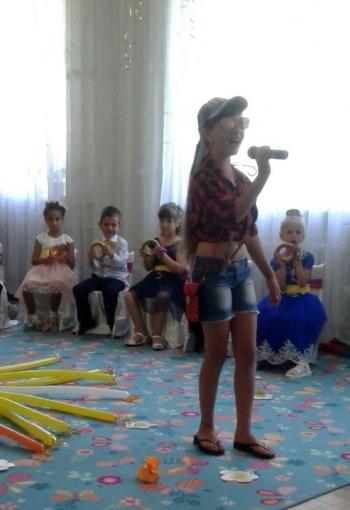 Дитячий садок -  Великомихайлівський НВК - випускний - 01