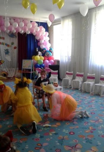 Дитячий садок -  Великомихайлівський НВК - випускний - 06