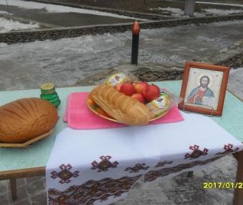 У Миколаївці вшанували пам'ять героїв Крут - 03