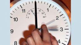Не забудьте перевести годинники