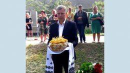 Депутат Ширяївської районної ради Ігор Житар привітав школярів
