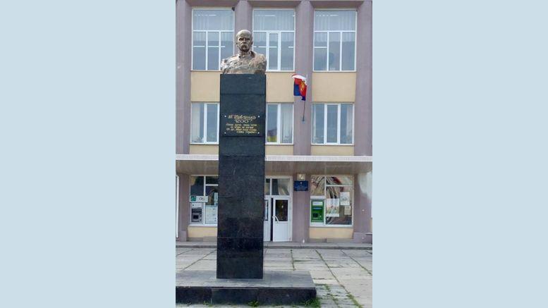 пам'ятник Шевченку - Балта
