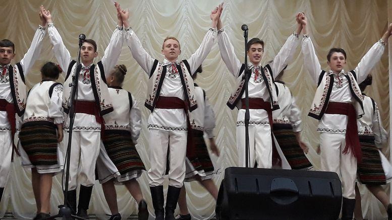 Всеукраїнський фестиваль-конкурс народної хореографії імені Павла Вірського - Надрічняночка
