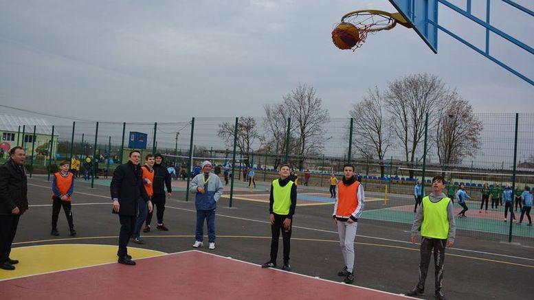 реконструкція спортивного комплексу Доброславської ДЮСШ
