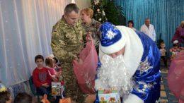 День Святого Николая - пограничники Измаильского отряда поздравили детей