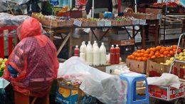 Стихійна торгівля продуктами харчування - Арциз