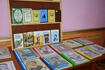 виставка «Світ рідної мови» - Ізмаїльський район