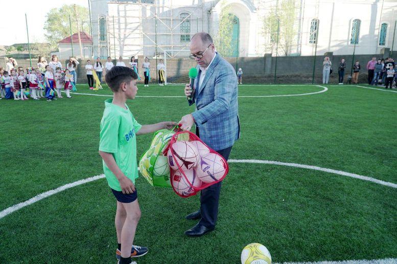 футбольно-спортивний комплекс - відкриття - Виноградівка - 2