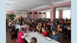 шкільні їдальні Великомихайлівського району - порушення - прокуратура