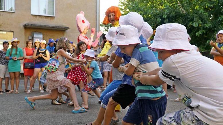 Діти із Луганської та Донецької областей - відпочинок - Одеська область