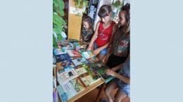 Екскурсія-знайомство - Окнянська громадська бібліотека