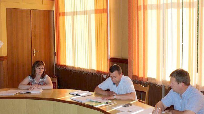 засідання колегії райдержадміністрації - Окни - 2